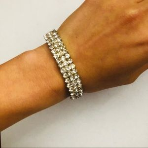 Jewelry - Diamond bracelet